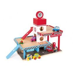 Garaje, lavado de coches y estación de servicio de madera